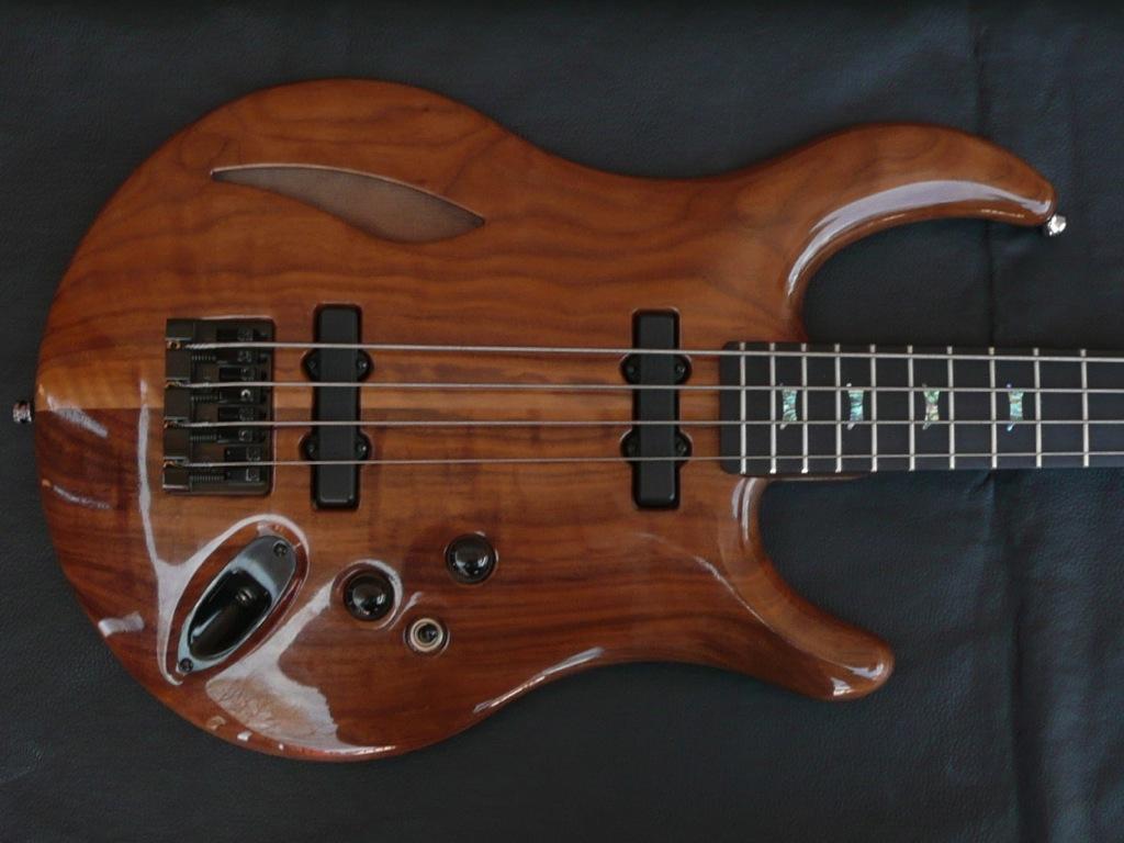 jon kammerer custom bass guitar bartolini pickups passive luthiers access group. Black Bedroom Furniture Sets. Home Design Ideas