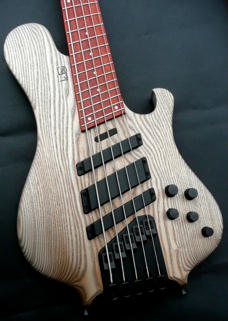 le fay pangton fan fret 5 string electric bass guitar luthiers access group. Black Bedroom Furniture Sets. Home Design Ideas