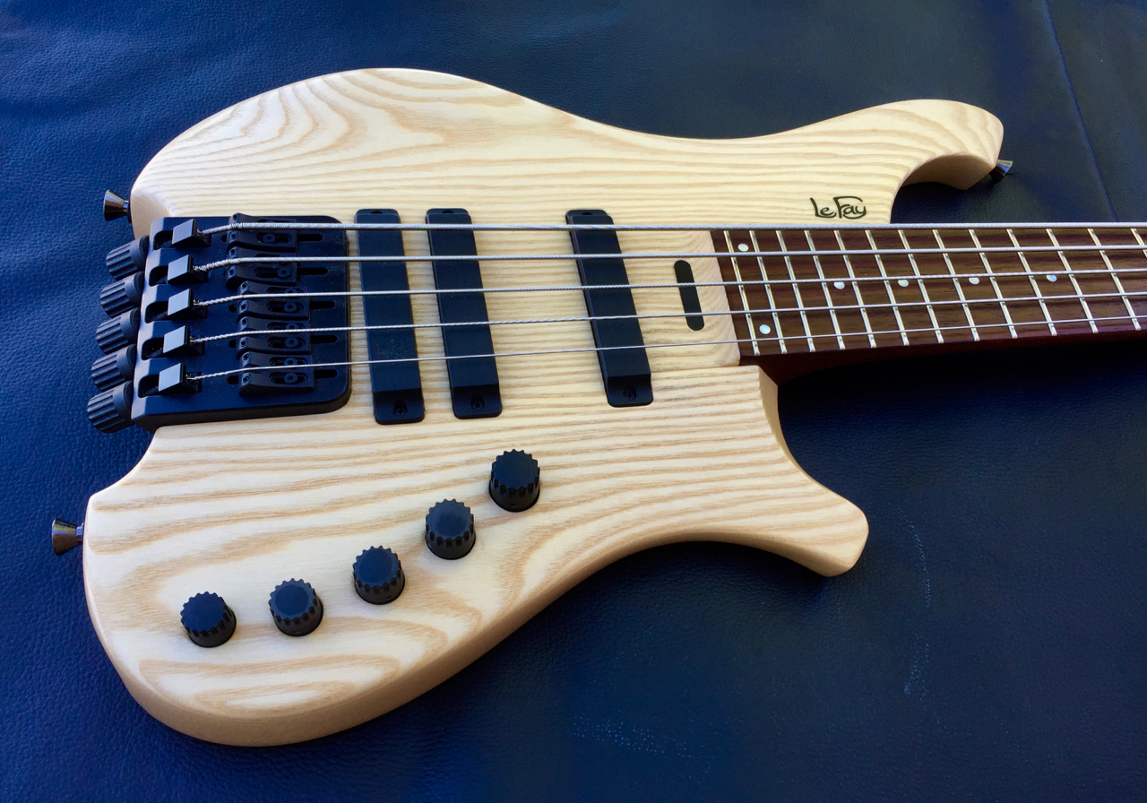 le fay herr schwarz 5 string custom headless bass guitar luthiers access group. Black Bedroom Furniture Sets. Home Design Ideas